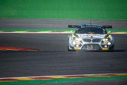 #66 Marc VDS Racing Team BMW Z4: Maxime Martin, Jorg Müller, Augusto Farfus taglia il traguardo e prende la bandiera a scacchi