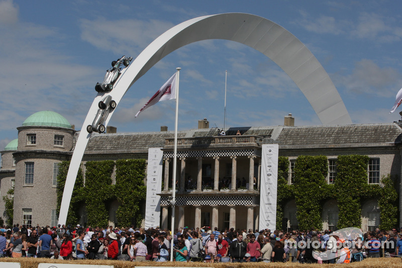Mercedes display over Goodwood House