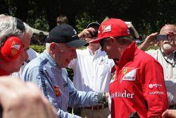 John Surtees y Kimi Raikkonen