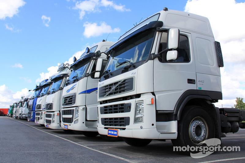 Truck rijdt op Silverstone