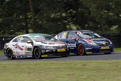 Aron Smith, Chrome Edition Restart Racing et James Cole United Autosports