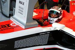 Max Chilton, Marussia F1 Takımı MR03 ve Marussia F1 Takımı personel listesi