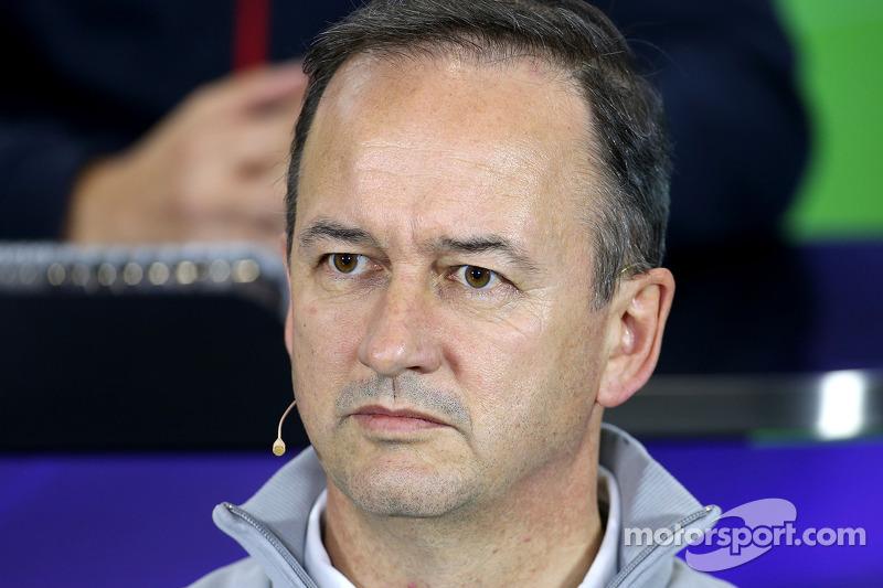 Jonathan Neale, McLaren F1 Team 04