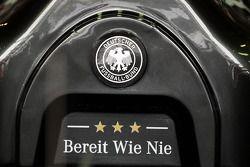 Nico Rosberg'in Mercedes AMG F1 W05'i Alman futbol takımını destekliyor