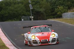 #30 Frikadelli Racing Takımı Porsche 911 GT3 R: Klaus Abbelen, Sabine Schmitz, Patrick Huisman, Frank Stippler