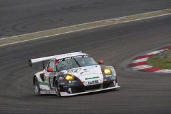 #154 Wochenspiegel Manthey Porsche 911 GT3 RSR Takımı: Georg Weiss, Oliver Kainz, Michael Jacobs, Jochen Krumbach