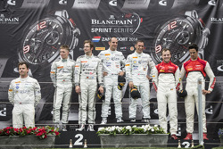 领奖台: 获胜者 Hari Proczyk, Jeroen Bleekemolen, 第二名 Maximilian Buhk, Maximilian Götz, 第三名 Cesar Ramos, Laurens Vanthoor