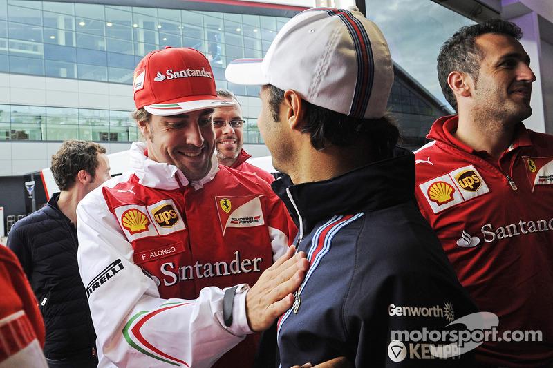 Felipe Massa, Williams, feiert seinen 200. GP; Fernando Alonso, Ferrari
