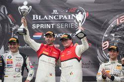 Podium: racewinnaars Enzo Ide, Rene Rast
