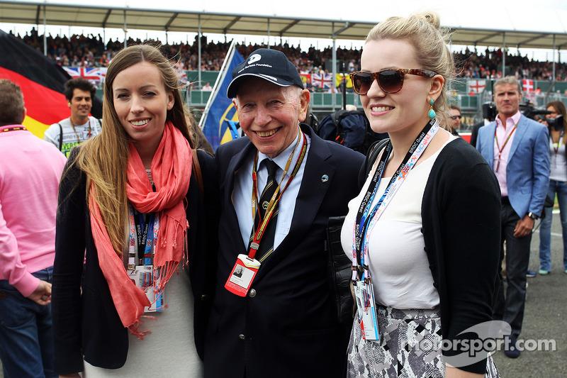 С дочками перед стартом Гран При Великобритании-2014