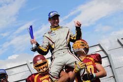 Vencedor da corrida Denis Dupont