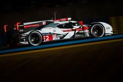 #2 Audi Sport Team Joest, Audi R18 e-tron quattro: Marcel Fässler, Andre Lotterer, Benoit Tréluyer