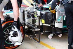 Lewis Hamilton, Mercedes AMG F1 W05 con sensosres