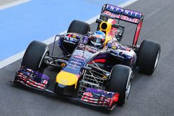 Sebastian Vettel, Red Bull Racing RB10 running sensor equipment