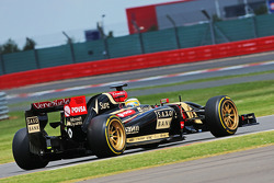 Charles Pic, Lotus F1 E22 Third Driver leaves the pits running new 18 inch Pirelli tyres and rims