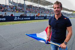 Sébastien Loeb verricht de start