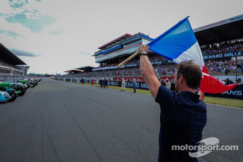 Sébastien Loeb donne le départ