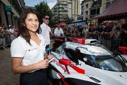 #2 Audi Sport Team Joest Audi R18 E-Tron Quattro : L'ingénieur de course Leena Gade