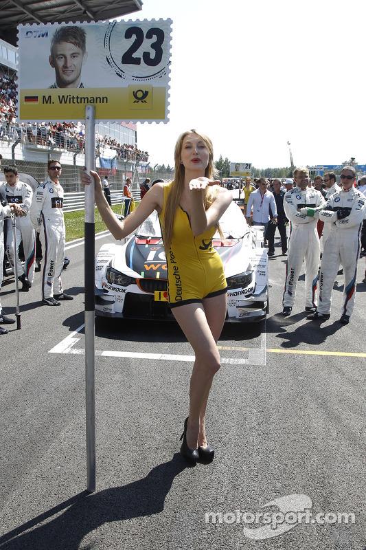 Grid kızı: Marco Wittmann, BMW RMG Takımı BMW M4 DTM
