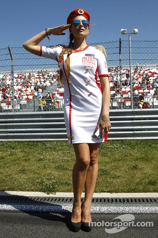 Garota russa no grid