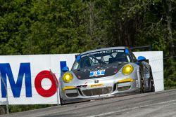 #81 GB Autosport 保时捷 911 GT America: 本·巴克, 达米恩·福克纳