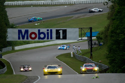 Moss Corner naar Mario Andretti Straightaway