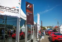 Flaggen: Sochi Autodrom und F1