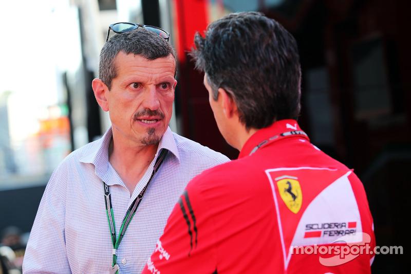 (L to R): Guenther Steiner, Haas F1 Team Principal with Claudio Albertini, Ferrari Head of Customer
