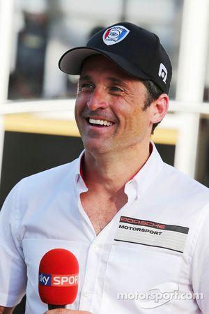 Patrick Dempsey quien compite en la carrera de la Porsche Supercup