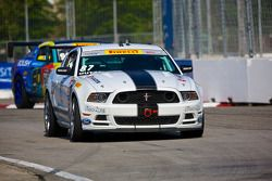 #87 DWW Motorsports Ford Mustang: Chris Outzen