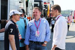 Jacques Villeneuve avec Jos Verstappen et son fils Max Verstappen