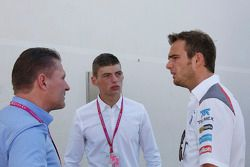 (L to R): Jos Verstappen, with Max Verstappen, and Giedo van der Garde, Sauber Reserve Driver