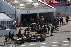 Sergio Perez, Sahara Force India F1 VJM07 ve Nico Hulkenberg, Sahara Force India F1 VJM07 FIA kontro