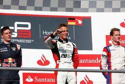 Podium: racewinnaar Marvin Kirchhofer, tweede plaats Alex Lynn, derde plaats Emil Bernstorff