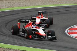 Max Chilton, Marussia F1 Team MR03 davanti al compagno di squadra Jules Bianchi, Marussia F1 Team MR03