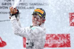 Podium: race winner Nico Rosberg