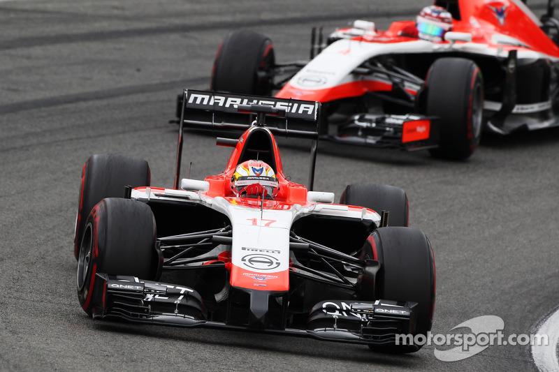Jules Bianchi, Marussia F1 Team MR03 davanti al compagno di squadra Max Chilton, Marussia F1 Team MR03