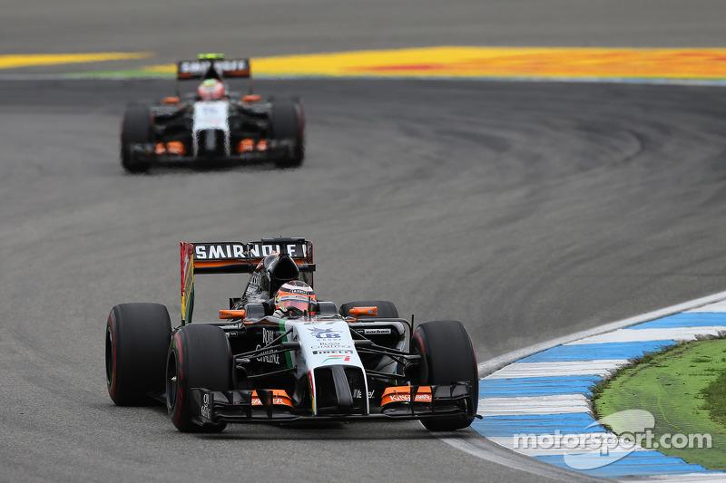 Nico Hulkenberg, Sahara Force India F1 VJM07 y Sergio Pérez, Sahara Force India F1 VJM07