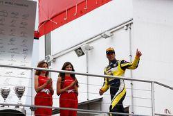 Podio: il secondo posto di Felipe Nasr