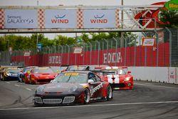 PWC Sat Race start with #31 EFFORT Racing Porsche GT3 R: Nick Tandy