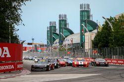 Pirelli World Challenge Yarış Startı
