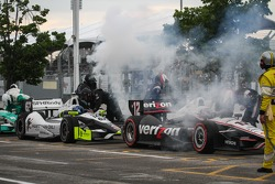 Engines refire after the red flag