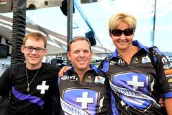 Gary Linfoot met vrouw Mari en zoon Hayden