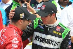Tony Kanaan, Chip Ganassi Racing Chevrolet et Sébastien Bourdais, KVSH Racing Chevrolet