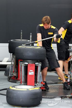 Pirelli tyre construction in the paddock