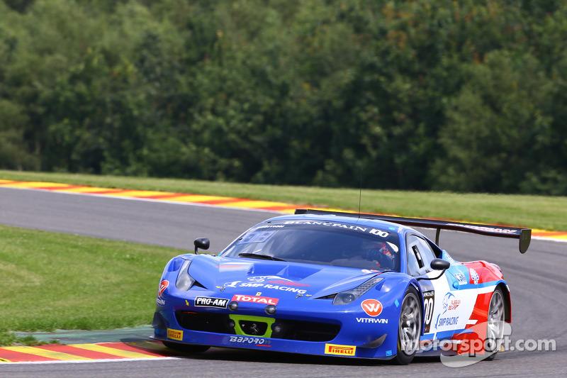 #100 SMP Racing 俄罗斯熊 法拉利 458 Italia: 维亚切斯拉夫·马莱耶夫, 罗曼·马夫兰诺夫, 丹尼尔·赞皮耶里