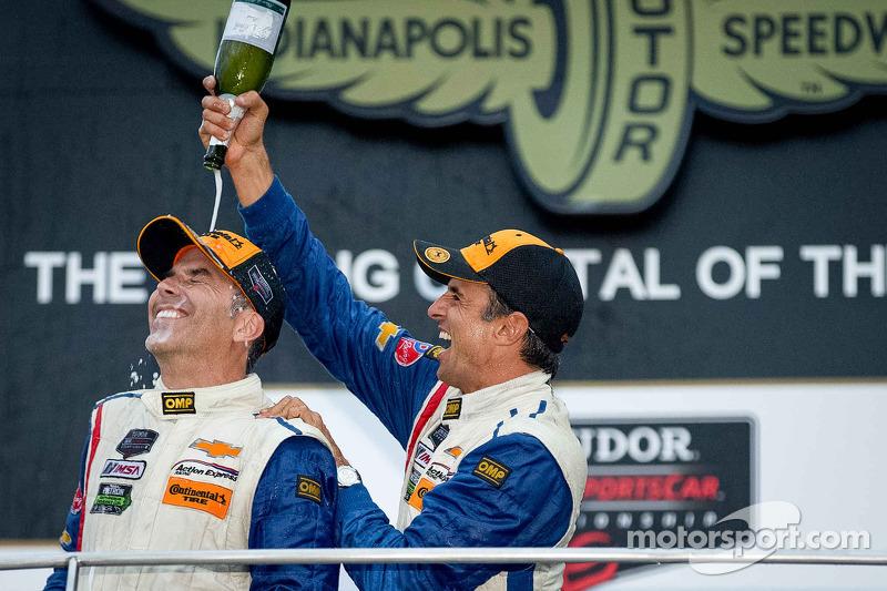 Podium: race winners Joao Barbosa and Christian Fittipaldi