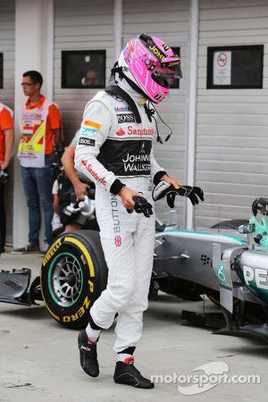 Jenson Button, McLaren in qualifying parc ferme