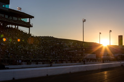 Zonsondergang bij de Sonoma raceway