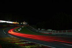 Noite de ação na corrida